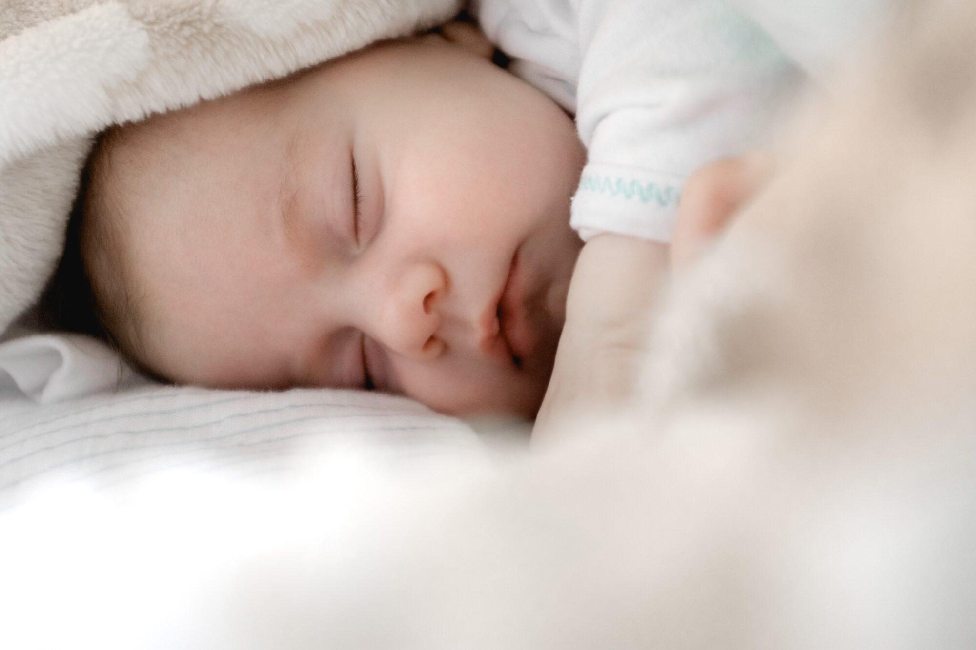 Sengerande – få barnet til at sove længere